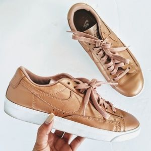 Nike gold sneakers size 8